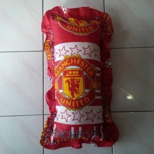 Bantal Cinta + Sarung Manchester United