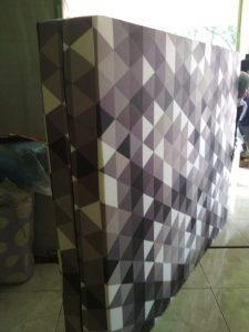 Kasur Busa Super Ukuran 120x200x20 Motif Abstrak Kotak