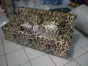 Sofa Bed Busa Biasa Motif Abstrak Tralis Coklat 120